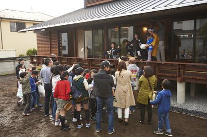 齊藤邸 餅まきのサムネール画像